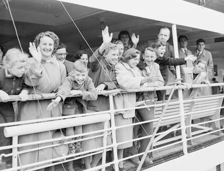 Immigration_history_of_Australia