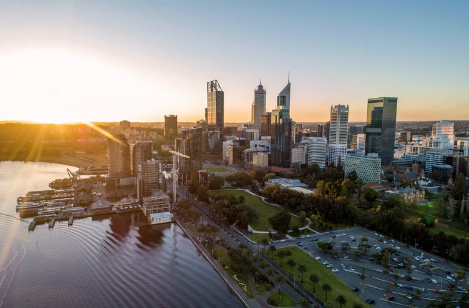 Top Tourist Hotspots and Activities in Perth