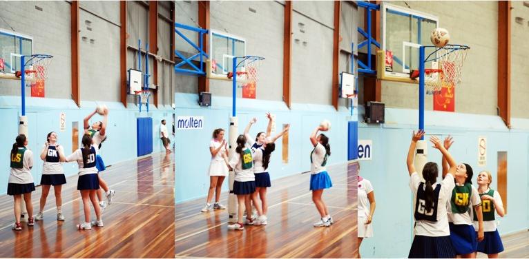 women playing netball