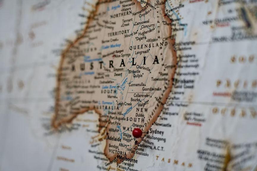 biggest cities in Australia according to the area